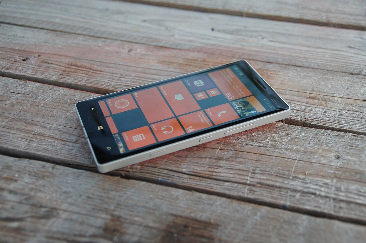 lumia-889924_1280